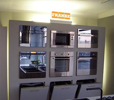 Allievi mobilificio novi ligure incasso store for Bussolino arredo